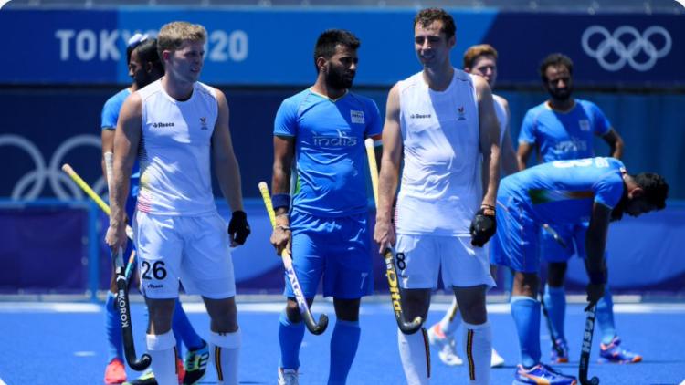 Tokyo Olympics: प्रधानमंत्री ने सेमीफाइनल में हार के बाद हॉकी टीम के कप्तान मनप्रीत से की बात, अगले मैच की दी शुभकामनाएं