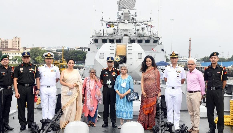 सेना प्रमुख जनरल नरवणे ने मुंबई में की व्यापारिक घरानों से मुलाकात