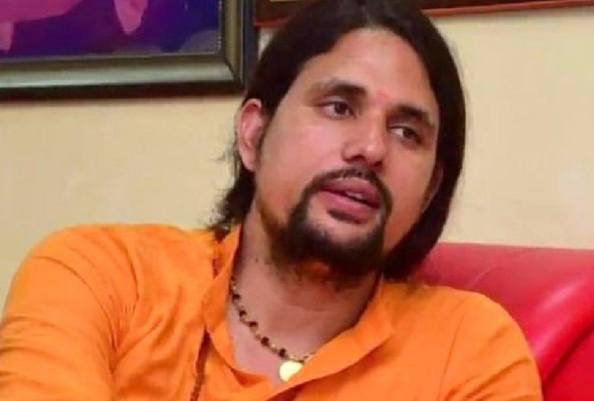 महंत नरेंद्र गिरि केस : हरिद्वार के आश्रम में सीबीआई ने आनंद गिरि से की 8 घंटे तक पूछताछ !