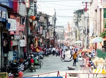 उत्तर प्रदेश : लोकभवन से कैसरबाग तक हटायी गयी 50 से ज्यादा अवैध दुकानें