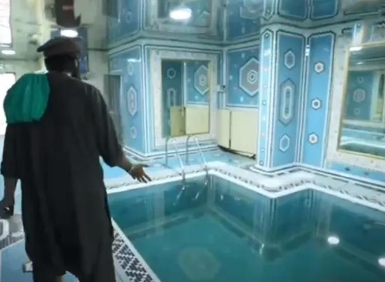 पूर्व उपराष्ट्रपति दोस्तम की हवेली पर तालिबानी स्विमिंग पूल, मसाज व स्टीम बाथ का ले रहे मजा